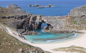 小笠原の旅・・小笠原観光(有)の1日クルーズ(1)、父島海域と南島扇池をめぐります。