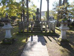 越前大野 一泊二日のあわただしい北陸城郭散策 信長に攻め込まれ自害した朝倉義景墓所訪問