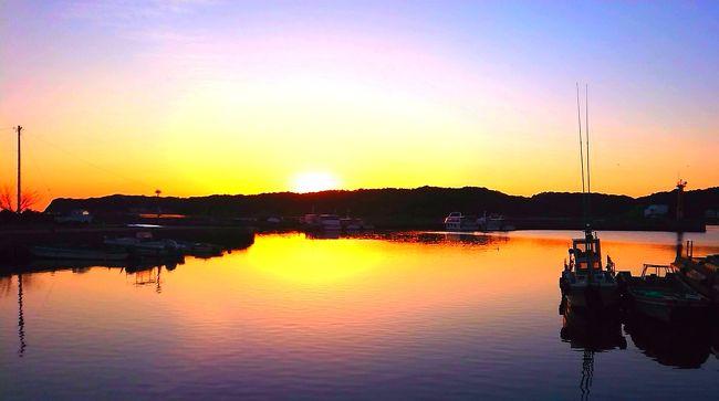 前日、伊勢神宮のあとに三重県鵜方の宿、はいふうに当日予約で宿泊。翌日、朝日を拝みに早朝散歩からスタート。ひょんな事から、奈良でも宿泊できまして。連続当日予約で1人旅継続。マスクに手袋、完全防備で人の少ない奈良を歩きました。