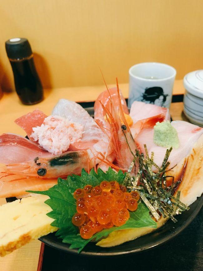 海鮮丼が食べたい!という思いつきで、1泊2日の金沢旅行へ行きました(*´∇`*)