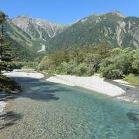 奥穂高岳登山合宿・その4.ヘロヘロになって下山し、平湯温泉で反省会。