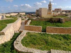 大晦日からマルタ島とキプロス島を巡るドライブ旅(猫とのふれあいも楽し♪)【4】ゴゾ島 ソルトバン→タ・ピーヌ教会→ヴィクトリア市内