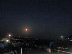 豊浜10スーパームーンで明るい豊浜釣り桟橋