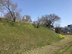 岐阜県の城跡巡り:黒野城跡、無知らぬ城跡に思わぬ感動、本丸跡の遺構が明確に