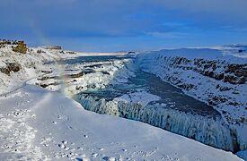 アイスランドのゴールデンサークルと氷河の青い洞窟:One Worldで世界一周(5)