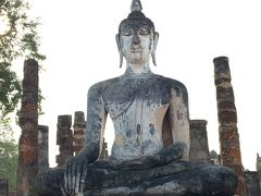 タイ旅行5日目:スコータイでは自転車で遺跡公園城壁内巡り