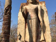 タイ旅行6日目:スコータイ遺跡公園城壁の西エリアと北エリア巡り~飛行機でバンコクへ