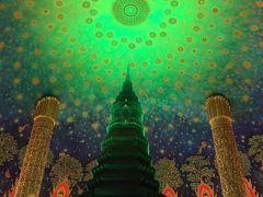 タイ旅行9日目:バンコクでは線路市場と水上マーケットを巡る半日ツアーとニューハーフショー