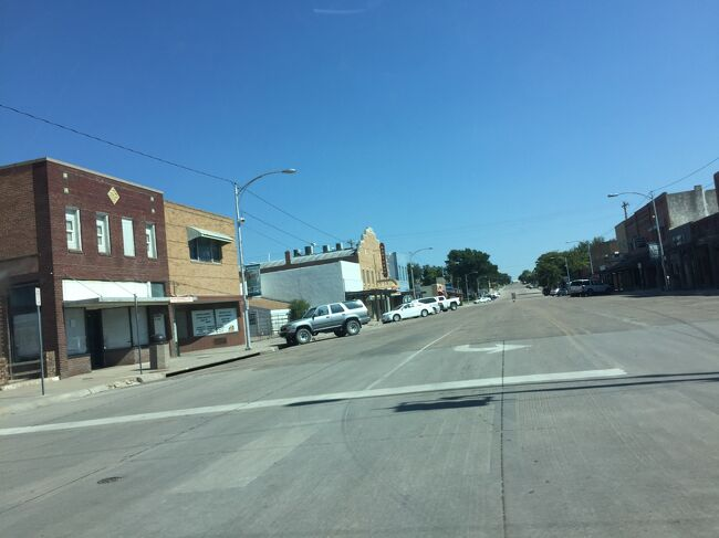 カンザス州でもほぼ最西端のシラキューズの町は、コロラド州との境まで数マイルです。
