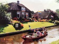 運河とお花いっぱい、美しい水郷の村ヒートホールン