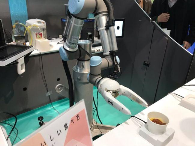 埼玉・大宮駅西口のイベントスペースで、ベンチャー企業とJRが組んだ事業の紹介イベント「STARTUP STATON」が行われていました。<br />パスタを提供するロボットカフェや、日本酒のレコメンドサービスなどが体験できました。