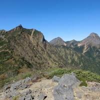 月例登山報告2 /八ヶ岳縦走2019・その4. 標高差1160mを下山、甲斐大泉温泉でまったり。