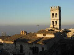 イルミネーションの季節のイタリア旅~⑰元旦のアッシジからローマへ