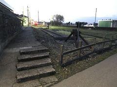 JR城端線乗り鉄:沈む太陽を眺めながら