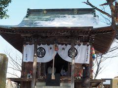鶴ヶ城稲荷神社 鶴ヶ城に鎮座する松平家葵の家紋を追って。愛される笠間大明神は油揚げでにっこりです。
