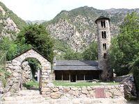 アンドラ・ラ・ヴェリャ_Andorra la Vella アンドラ公国の首都!ピレネーの峡谷に広がる小さな古都