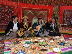 カザフ伝統のイヌワシ狩り文化
