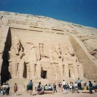 エジプト一周・世界遺産の旅(2 アブシンベルへ行く)