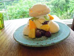 沖縄旅行2019.7月 1日目 幻の山カフェで絶品デザート 海辺の宿あまみく泊