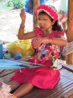 タイ4大王朝縦断の旅⑪ チェンマイ近郊「首長族の村」と蘭と蝶のファームでランチ~帰国