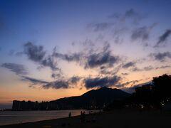 香港★香港は今日も元気です2 屯門のビーチで泳ぐ ~舊咖啡灣泳灘・新咖啡灣泳灘~