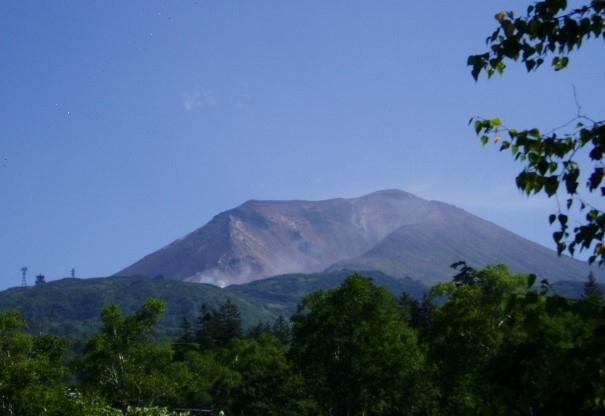 私が旭岳・美瑛・富良野を初めて訪れたのは2002年、それからその魅力にはまって何度通ったでしょうか。<br />2005年にも記録があります、2007年の写真が残っていたので綴ります。<br /><br />