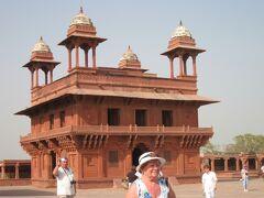 タージマハールを見たくて遥々インドに行きました(3)ムガール帝国城跡・ファテーブルシクリ