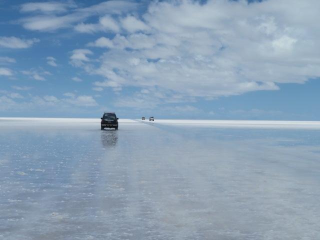 2019年~2020年の年末年始休暇は9連休。年末年始が9連休はしばらくなさそう&遠くて体力の必要そうな南米へは少しでも若いうちに行く方が良いかと思い、思い切って行ってきました!都内で前泊&ボリビア+ペルーのチチカカ湖を含めた10日間の旅行記です。