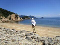 香川県 つた島  けっこう近くに無人島