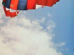 バリ島/1994年-3 クタ海岸=パラセーリング空中浮揚 ☆モンキーフォレストでハプニング!