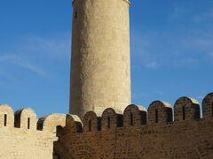 2019年4月早春のチュニジア一人旅 6.古い要塞の囲まれたスースのメディナを2つの塔から眺める