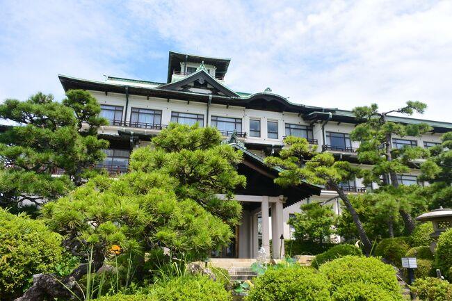 長年憧れていた蒲郡クラシックホテルにようやく行くことができました。<br /><br />三河湾を見下ろす高台に建つホテル、穏やかな三河湾と底に浮かぶ竹島、<br /><br />ゆったりと時間が流れていました。<br /><br />蒲郡に行く途中、名古屋で下車して、熱田神宮と旧東海道の宿場町だった宮宿<br /><br />七里の渡し跡なども巡ってきました。