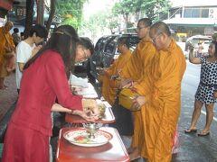 回想 2010年 信心深い仏教国タイ