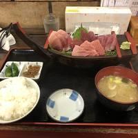 中華街でチャーハン、三崎でマグロを食べる旅