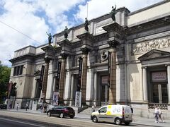 美術展・美術館巡り:ベルギー王立美術館訪問や、来日した同館の美術館展で名画を鑑賞します。