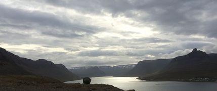 ただただひたすら走ります アイスランドの旅 6日目(ソイズアールクロークル→イーサフィヨルズル)