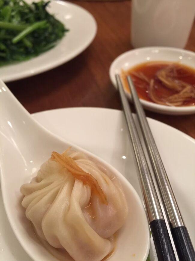 Peach&#127825;が桃園国際空港に就航していて、関空から2時間ちょっとで行けてしまう台北。<br />学生時代に行ったことがあったけど、その時は臭豆腐の臭いにやられいい印象がなかった…<br />しかし!2016年に再訪した時に台湾の雰囲気にハマり、そこから毎年訪れてました。<br /><br />♡好きなとこ♡<br />食べ物が日本より安くておいしい!<br />日本語通じる人も多いし日本語表記も多いから海外初心者も個人旅行でも問題なし!<br />親切な人が多い!(気がする)<br />日本みたい!治安良し!<br />週末土日利用して国内旅行みたいに気軽に行けるとこ<br /><br />2016年から振り返っていきます!<br />土日弾丸旅だったので観光はほとんどせず、写真も少なめです。