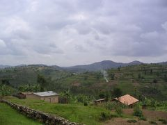 ぶらり東アフリカ・ルワンダ編−美しき風景と人々の裏側にある負の歴史−