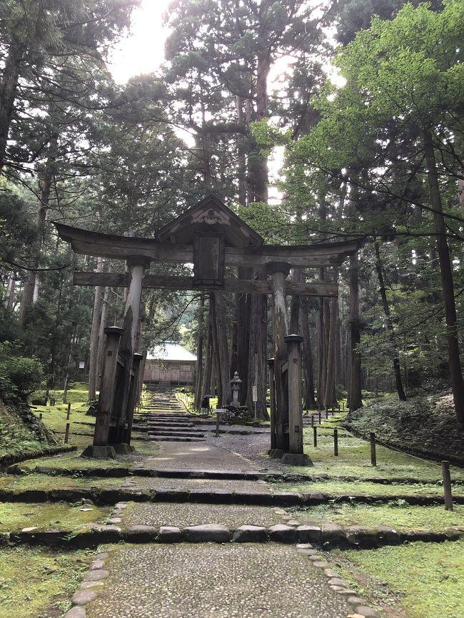 平泉白山神社は神秘的でとても美しい神社でした。<br />