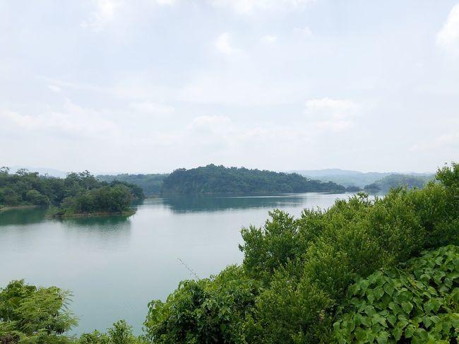 夏休み。<br />今年は日本に一時帰国ができないので、<br />台湾で大人しく過ごす事に。<br /><br />子供が学校で八田与一さんの勉強をしたので、<br />いい機会だと思い<br />八田さんが作ったという烏山頭ダムに行く事にしました。