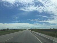 サウスダコタ州 ハイウェイI-90でラピッドシティーから東へ
