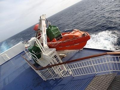 新潟から小樽行きフェリーに乗り船中で一泊<br />小樽を散策して札幌へ移動します<br /><br /><前の日><br />https://4travel.jp/travelogue/11637665<br /><br />-------------------------------------------------------<br />自粛が求められていた「県をまたぐ移動」が、「解禁」となる日を<br />待って待ち続けました. <br />2020年6月の時点では客船クルーズが再開する見込み無く、「ならば…」と<br />フェリーに乗ってみました.<br /><br />往)新潟→小樽、日本海を北上、<br />復)苫小牧→大洗、太平洋を南下、<br /><br />それぞれ別のフェリー航路を利用し<br />ベストシーズンの北海道を旅した記録です.<br /><br /><br />-------------------------------------------------------<br />2021-02-02 UP