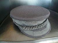 セピア色の思い出:古くなったが、捨てられないドイツ思い出の品、革鞄やシュミット帽など