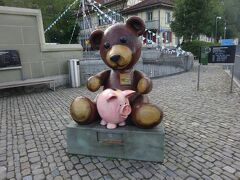 絶景が広がるアルプスの山歩きと鉄道の旅:スイス、リヒテンシュタイン旅行【7】(2019年秋 3日目② ベルンの象徴)