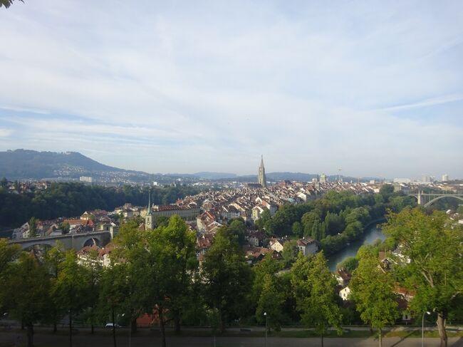 ヨーロッパ未踏破国は残り4カ国(スイス、リヒテンシュタイン、ラトビア、リトアニア)となりました。実は敢えて残していた国、それが今回訪問するスイスです。鉄道が発達し、観光立国としても世界に知れ渡っているので比較的回り易く、年を重ねてから訪れるのも可能との判断もありその計画を温めつつ「いつかはスイス」と考えてきました。ということでヨーロッパ踏破のラストを飾るべく残していたのですが、思ったよりも早く踏破が進んだことと、冬場よりもハイキングしやすい時期を逃すのも勿体ないので、遂に行くことにしました。本来街歩きが好きな私ですが、雄大な自然の中に身を置いて山歩きをし、好きな鉄道に乗って車窓からの眺めを堪能するなど、予想を遥かに上回る素晴らしい旅行となりました。<br /><br />日程は以下の通りです。<br /><br />1日目(9/12)羽田 ⇒ 北京 <br />2日目(9/13)北京 ⇒ ワルシャワ ⇒ ジュネーブ市内観光、ベルン移動<br />3日目(9/14)ベルン市内観光、登山鉄道乗車、グリンデルワルト移動<br />4日目(9/15)ユングフラウヨッホ観光、ハイキング<br />5日目(9/16)ハイキング、ツェルマット移動<br />6日目(9/17)ゴルナーグラート観光、ハイキング、※MHGP観光<br />7日目(9/18)ハイキング、氷河急行ライン、サンモリッツ移動<br />8日目(9/19)ベルニナ線乗車、ハイキング、沿線観光<br />9日目(9/20)リヒテンシュタイン観光、チューリッヒ移動<br />10日目(9/21)チューリッヒ市内観光、チューリッヒ ⇒ フランクフルト ⇒ 北京<br />11日目(9/22)北京散策、北京 ⇒ 羽田<br />   ※ MHGP=マッターホルングレッシャーパラダイス<br /><br />今回は3日目③です。<br />