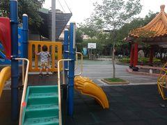 2歳児6歳児連れ 3世代 台北、九份