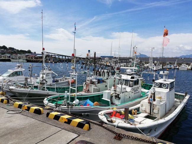 今日は4日目、最終日。<br />函館朝市でラーメンの朝ごはん。<br />ロシア領事館や漁港を巡ってから、フードコードでランチ。<br />夕食を買い込み、北海道新幹線で帰ってきました。