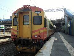 2013.06 列車とバスで台湾横断(12)台北付近をウロウロ乗り鉄したら、Jetstarで帰りましょ。