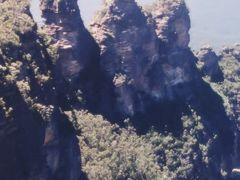 シドニー2泊2000-2 ブルー・マウンテンズ国立公園 三姉妹岩? ☆野生動物園・水族館も