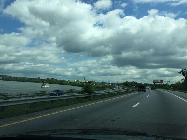 フランクリンからアトランタへ行く4時間のドライブのほぼ中間地点にあるチャタヌーガ。テネシー州とジョージア州の境にあり、テネシー川に接する町です。チューチュートレインが有名ですが、今回はドライブの景色を楽しみました。